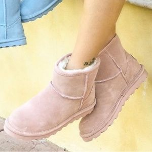 "BearPaw Alyssa Boots ""Blush"""